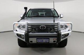 2013 Toyota Landcruiser VDJ200R MY13 Sahara (4x4) Silver 6 Speed Automatic Wagon.