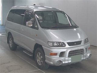 2004 Mitsubishi Delica PD6W Spacegear White Automatic Van Wagon.