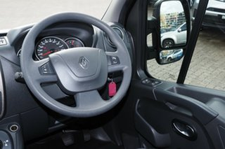 2018 Renault Master X62 MY17 LWB Mid Pearlescent Black 6 Speed Automated Manual Bus