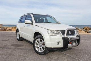 2010 Suzuki Grand Vitara JB MY09 Prestige White 5 Speed Automatic Wagon.