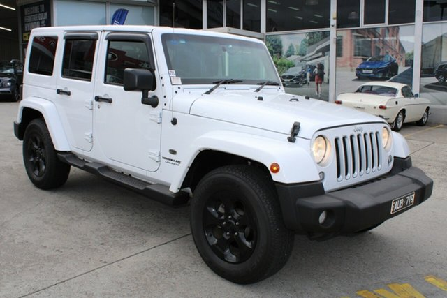 Used Jeep Wrangler JK MY18 Unlimited Overland Ferntree Gully, 2018 Jeep Wrangler JK MY18 Unlimited Overland White 5 Speed Automatic Hardtop