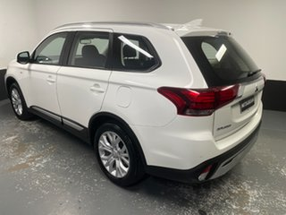 2019 Mitsubishi Outlander ZL MY19 ES 2WD White 6 Speed Constant Variable Wagon