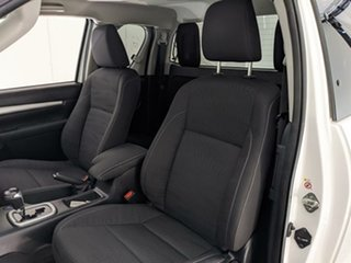 2018 Toyota Hilux GUN126R SR5 Extra Cab White 6 Speed Sports Automatic Utility