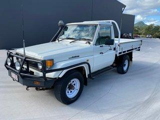 1999 Toyota Landcruiser HZJ75RP White 5 Speed Manual Cab Chassis.