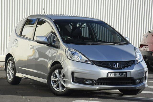 Used Honda Jazz GE MY12 VTi Wollongong, 2012 Honda Jazz GE MY12 VTi Silver 5 Speed Manual Hatchback