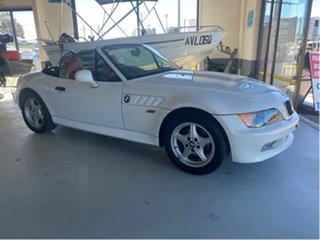 1998 BMW Z3 White 4 Speed Automatic Convertible