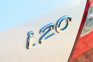 2010 Hyundai i20 PB MY11 Active Silver 4 Speed Automatic Hatchback