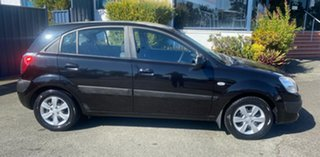 2009 Kia Rio JB MY09 LX Black 5 Speed Manual Hatchback.