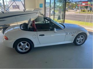 1998 BMW Z3 White 4 Speed Automatic Convertible.