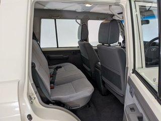 2018 Toyota Landcruiser VDJ76R GXL White 5 Speed Manual Wagon