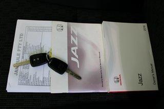 2016 Honda Jazz GF MY16 VTi Silver 5 Speed Manual Hatchback.