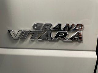 2013 Suzuki Grand Vitara JB MY13 White 5 Speed Manual Wagon