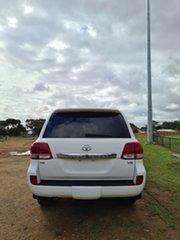 2010 Toyota Landcruiser VDJ200R MY10 VX White 6 Speed Sports Automatic Wagon.