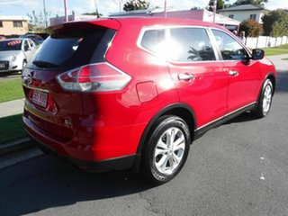 2014 Nissan X-Trail T32 ST Red 5 Speed Automatic Wagon.