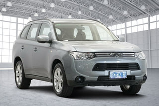 2013 Mitsubishi Outlander ZJ MY13 ES 2WD Titanium 6 Speed Constant Variable Wagon.
