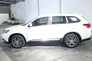 2017 Mitsubishi Outlander ZL MY18.5 ES 2WD White 6 Speed Constant Variable Wagon