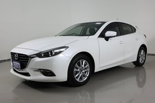 2017 Mazda 3 BN MY17 Maxx Pearl White 6 Speed Manual Hatchback.