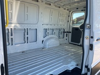2017 Volkswagen Crafter SY1 MY18 35 MWB TDI340 Runner Candy White 6 Speed Manual Van