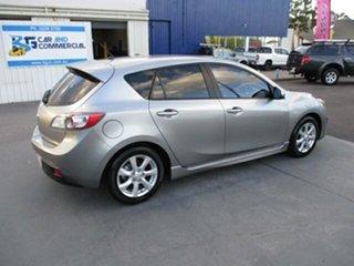 2009 Mazda 3 MAX Sport Silver 5 Speed Manual Hatchback.