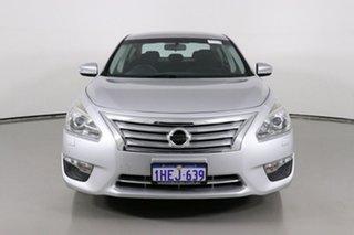 2016 Nissan Altima L33 ST Silver Continuous Variable Sedan.
