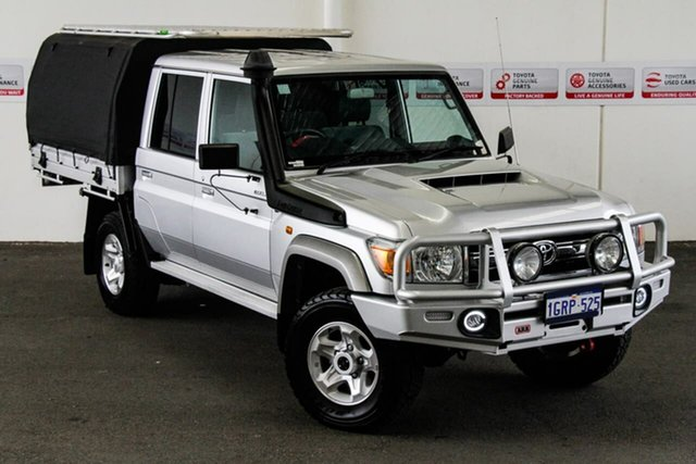 Pre-Owned Toyota Landcruiser VDJ79R GXL Double Cab Myaree, 2018 Toyota Landcruiser VDJ79R GXL Double Cab Silver Pearl 5 Speed Manual Cab Chassis
