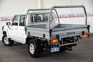 2018 Toyota Landcruiser VDJ79R GXL (4x4) French Vanilla 5 Speed Manual Double Cab Chassis.