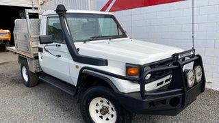 2002 Toyota Landcruiser HZJ79R 4x4 White 5 Speed Manual Utility.