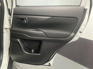 2017 Mitsubishi Outlander ZL MY18.5 ES 2WD White 5 Speed Manual Wagon