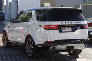 2017 Land Rover Discovery Series 5 L462 MY17 HSE Luxury White 8 Speed Sports Automatic Wagon.