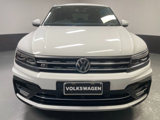 2017 Volkswagen Tiguan 5N MY17 162TSI DSG 4MOTION Highline Pure White 7 Speed.