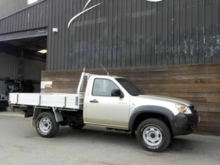 2009 Mazda BT-50 UNY0E4 DX Gold 5 Speed Manual Cab Chassis.