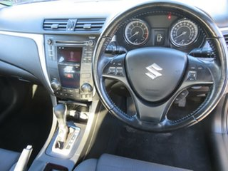 2011 Suzuki Kizashi FR MY11 Touring White 6 Speed Constant Variable Sedan