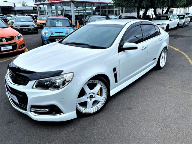 Used Holden Commodore VF MY14 SS V Seaford, 2013 Holden Commodore VF MY14 SS V White 6 Speed Manual Sedan