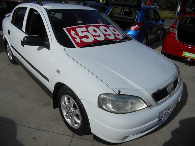 Used Holden Astra TS MY05 Classic Springwood, 2005 Holden Astra TS MY05 Classic White 5 Speed Manual Sedan
