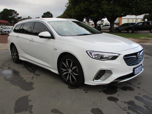 Used Holden Commodore ZB RS Katanning, 2018 Holden Commodore ZB RS Sportswagon White 9 Speed Automatic Sportswagon