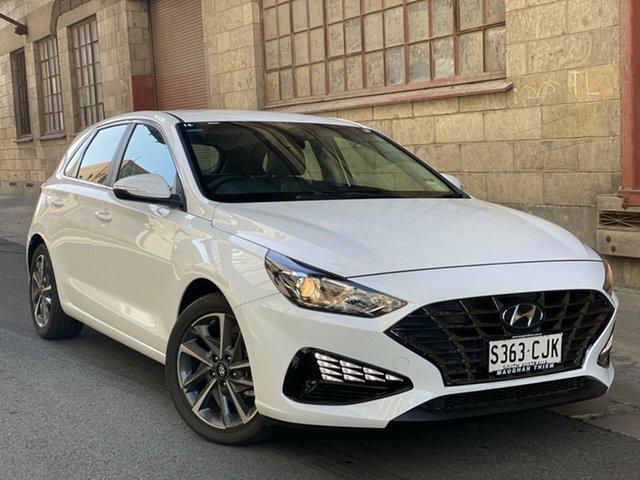 Demo Hyundai i30 PD.V4 MY21 Elite Cheltenham, 2020 Hyundai i30 PD.V4 MY21 Elite Polar White 6 Speed Automatic Hatchback