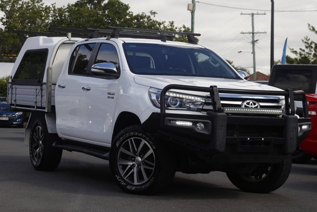 Used Toyota Hilux GUN126R SR5 Double Cab Mount Gravatt, 2015 Toyota Hilux GUN126R SR5 Double Cab White 6 Speed Manual Utility