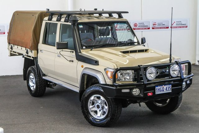 Pre-Owned Toyota Landcruiser VDJ79R GXL Double Cab Rockingham, 2019 Toyota Landcruiser VDJ79R GXL Double Cab Sandy Taupe 5 Speed Manual Cab Chassis