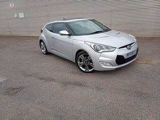 2011 Hyundai Veloster FS + Coupe Silver 6 Speed Manual Hatchback.