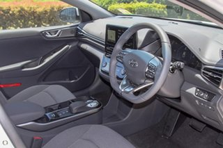 2021 Hyundai Ioniq AE.V4 MY21 electric Elite White 1 Speed Reduction Gear Fastback