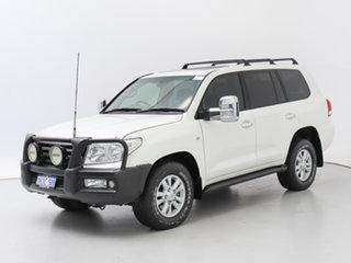 2008 Toyota Landcruiser VDJ200R Sahara (4x4) White 6 Speed Automatic Wagon.