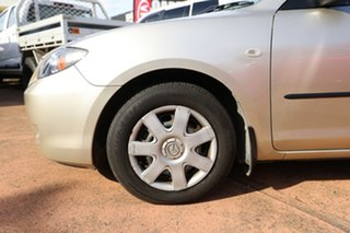2007 Mazda 3 BK MY06 Upgrade Neo Gold 5 Speed Manual Sedan.