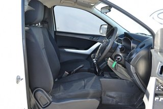 2011 Mazda BT-50 XT (4x2) White 6 Speed Manual Cab Chassis