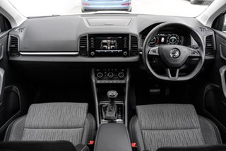 2019 Skoda Karoq NU MY20 110TSI DSG FWD White 7 Speed Sports Automatic Dual Clutch Wagon.