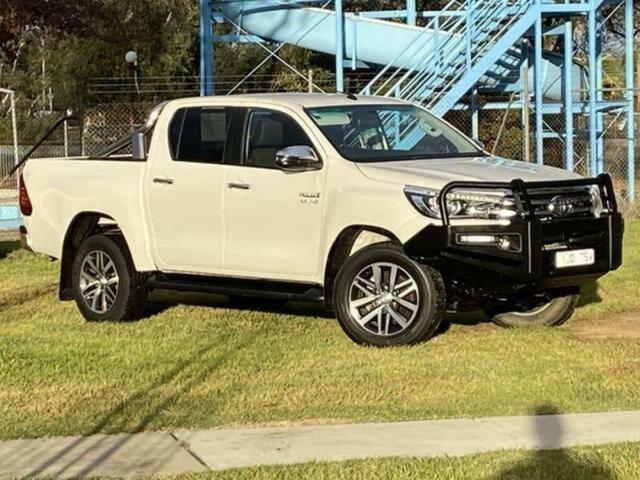 Used Toyota Hilux GUN126R MY17 SR5 (4x4) Wangaratta, 2018 Toyota Hilux GUN126R MY17 SR5 (4x4) Crystal Pearl 6 Speed Automatic Dual Cab Utility