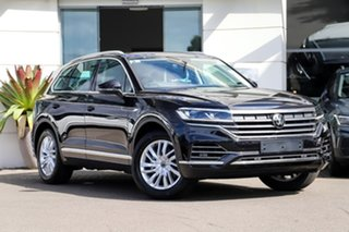 2020 Volkswagen Touareg CR MY21 170TDI Tiptronic 4MOTION Deep Black Pearl Effect 8 Speed.