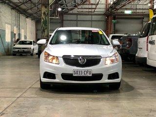 2011 Holden Cruze JH Series II MY11 CD White 6 Speed Sports Automatic Sedan.