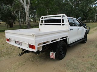 2017 Toyota Hilux GUN126R MY17 SR (4x4) Glacier White 6 Speed Automatic Dual Cab Chassis.