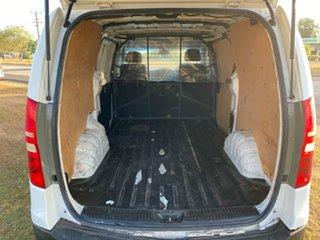 2011 Hyundai iLOAD TQ-V White 5 Speed Sports Automatic Van