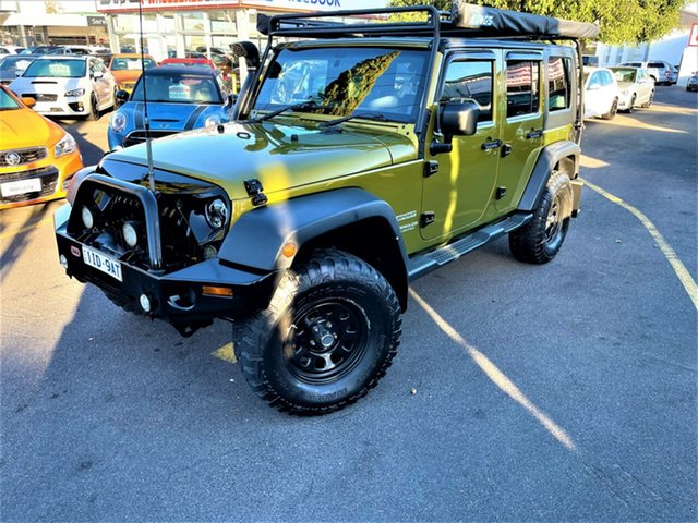 Used Jeep Wrangler JK MY2008 Unlimited Sport Seaford, 2008 Jeep Wrangler JK MY2008 Unlimited Sport Gold 6 Speed Manual Softtop